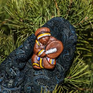 magnit shaman 300x300 - Что привезти из Красноярска - сувениры, подарки и лучшие идеи от Сибирских производителей