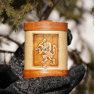 Kruzhka v bereste s ruchkoy Krasnoyarsk 300x300 - Самые интересные подарки из Сибири: где их искать?
